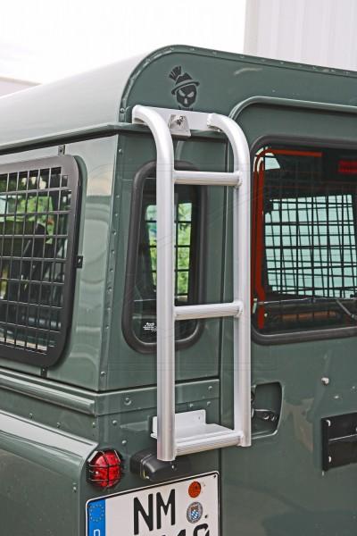 Land Rover Defender Heckleiter - kurz und ohne Tritt