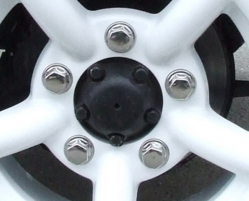 Wheel nut Discovery II CLOSED rim with stainless steel cap -available here
