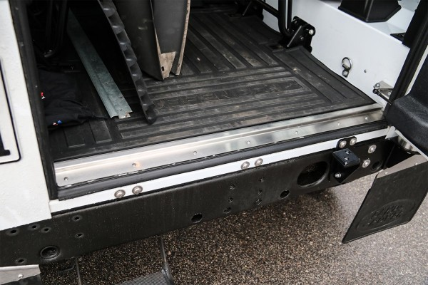 Nakatanenga rear load bay sill for Land Rover Defender