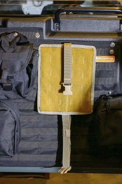Grundplatte Tear Off Base für Nakatanenga Erste-Hilfe-Tasche