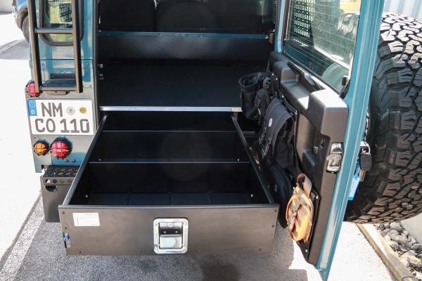Nakatanenga drawer system for Defender