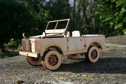 Holzmodell - Land Rover Serie 2a - ohne Verdeck