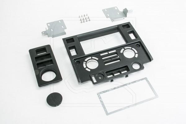 Doppel DIN Einbaublende für Land Rover Defender Td4
