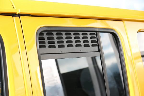 Jeep Wrangler Unlimited window vents
